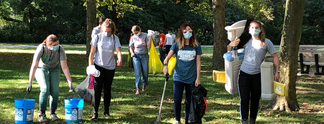24th Clean Your Streams Day <p>431 volunteers collected 16,958 pounds of trash from our Toledo waterways!</p>
