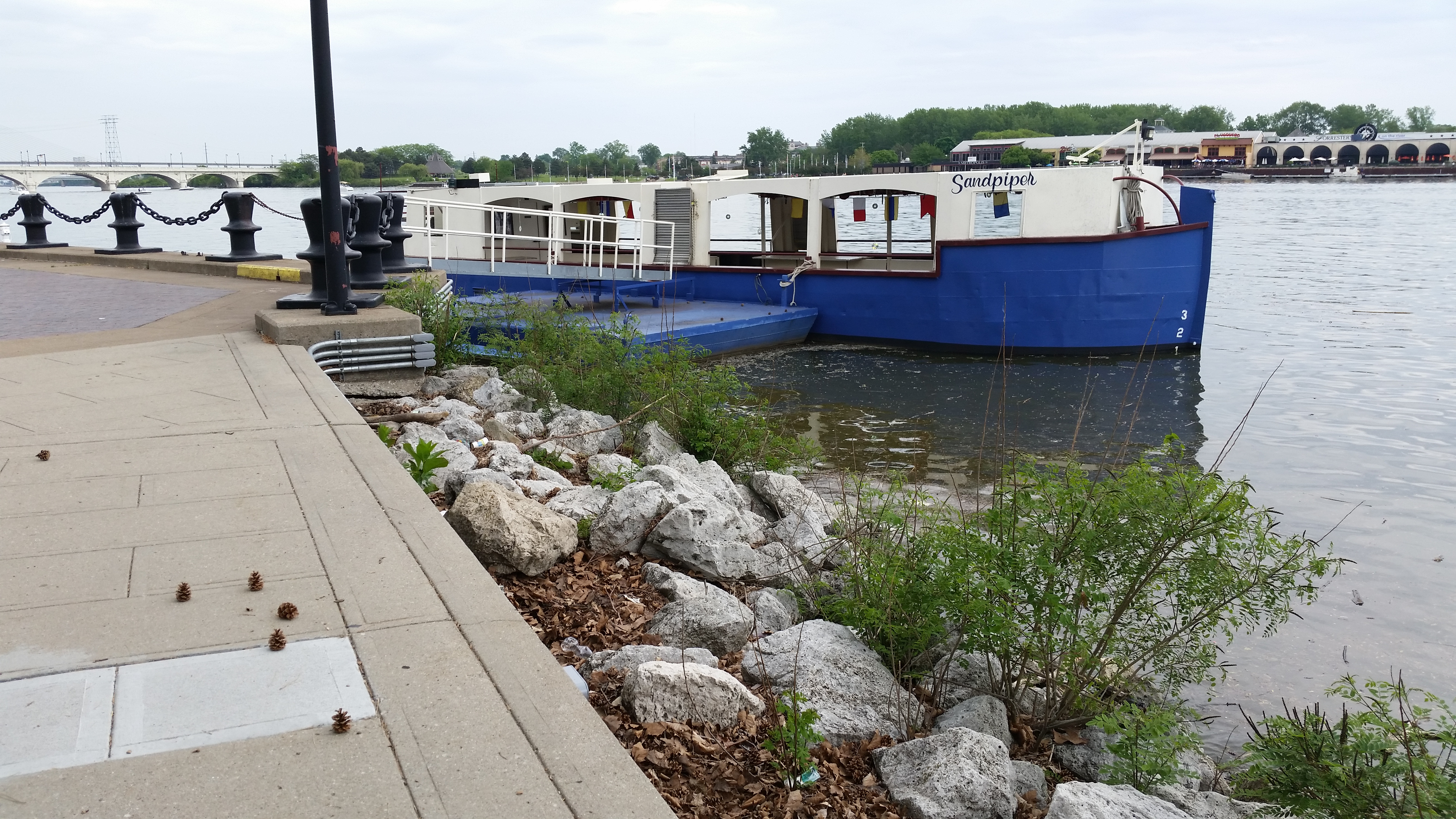 Cruise the Maumee River